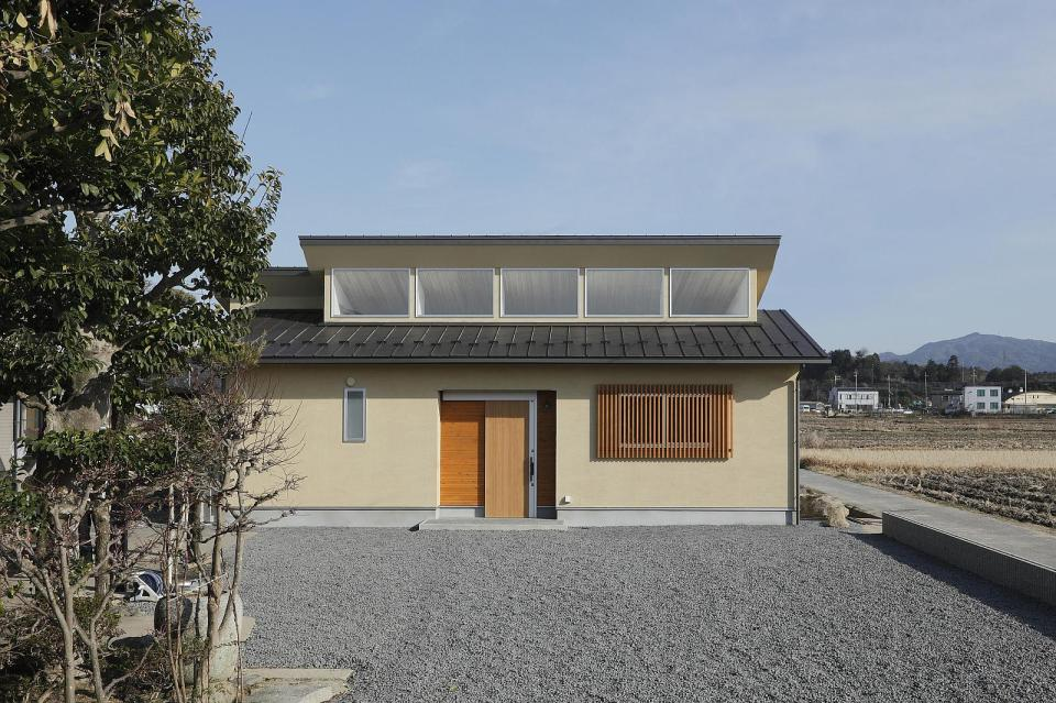 This modest single-level home in rural Japan has 2 bedrooms in 768 sq ft. | www.facebook.com/SmallHouseBliss
