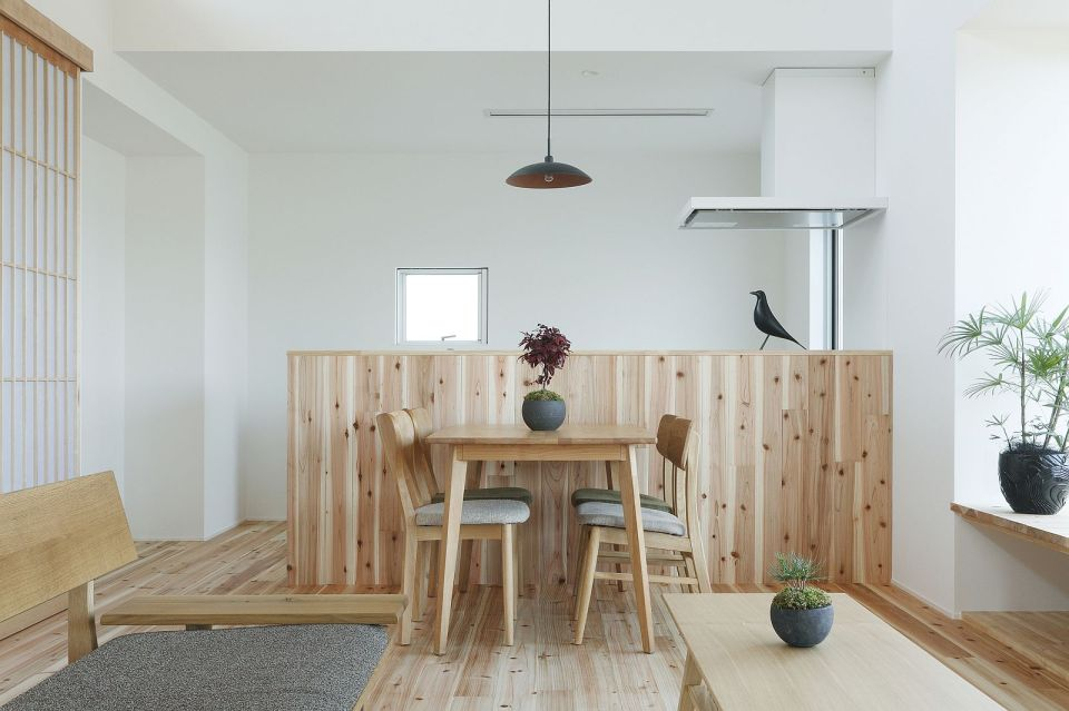 Gallery: A modest light-filled home in rural Japan | ALTS Design ...