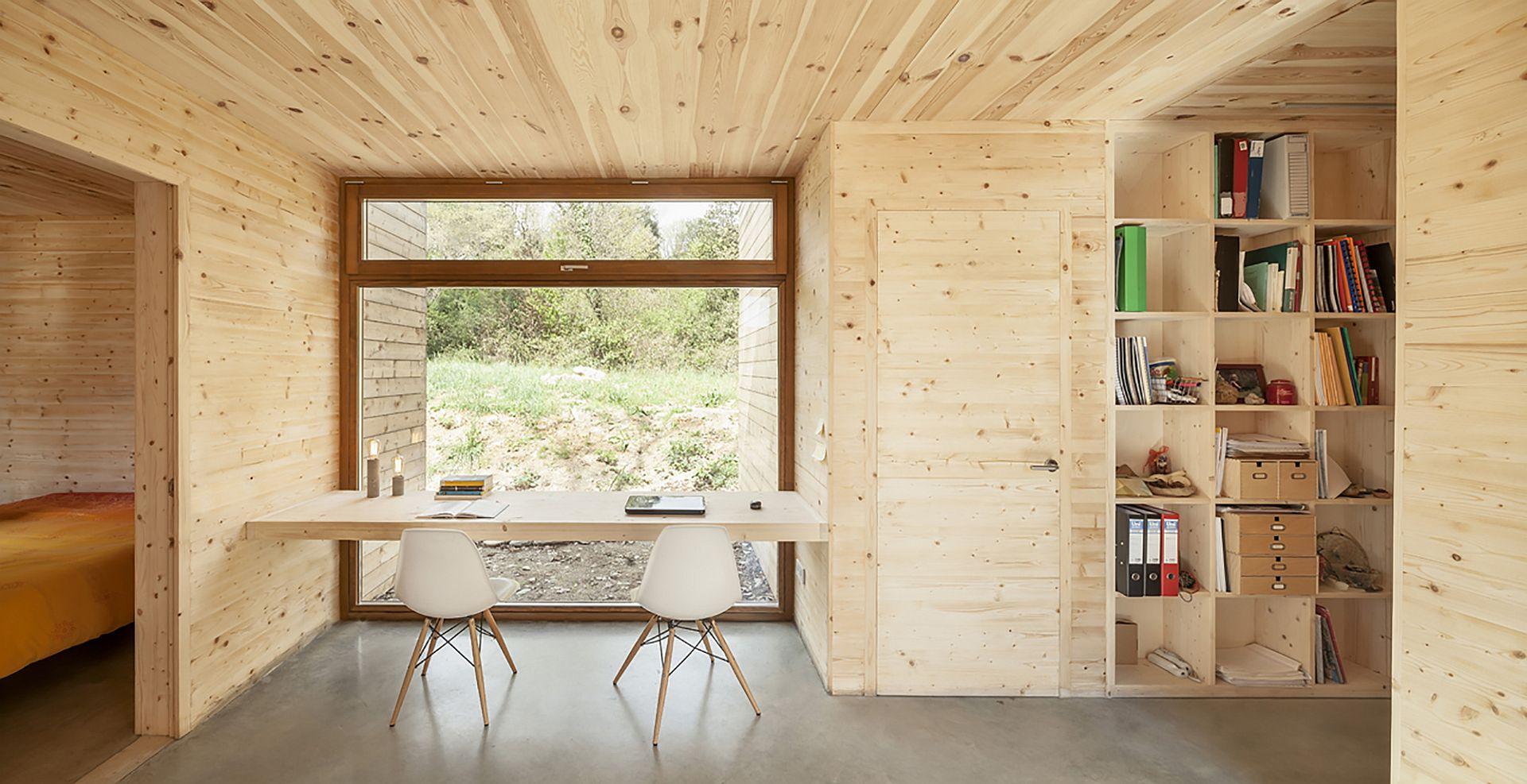 Gallery 6 prefab boxes make a passive house alventosa - Casas bioclimaticas prefabricadas ...