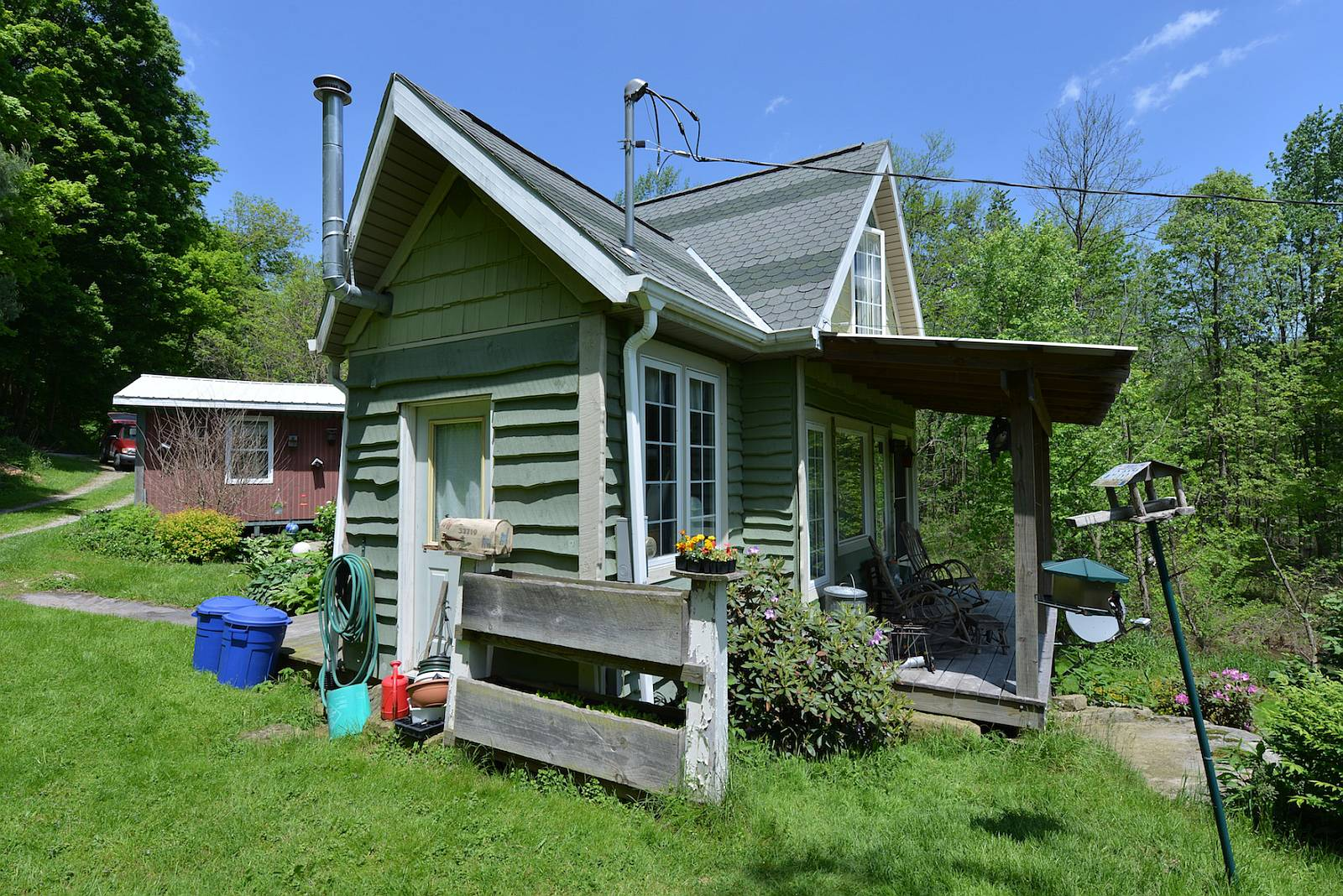 this tiny storybook cottage was handcrafted by its owner it has 1 bedroom in 520
