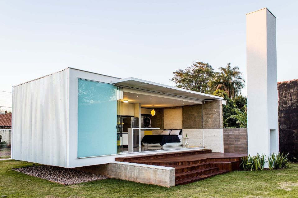 House a modern bachelor pad in brazil alex for Small house bliss