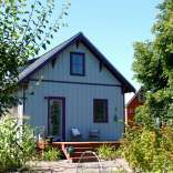 The Beekeeper's Bungalow, a newly-built Craftsman cottage with 2 bedrooms in 765 sq ft. | www.facebook.com/SmallHouseBliss