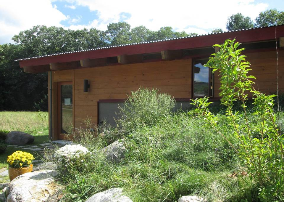 an eco friendly kit house designed for the owner builder