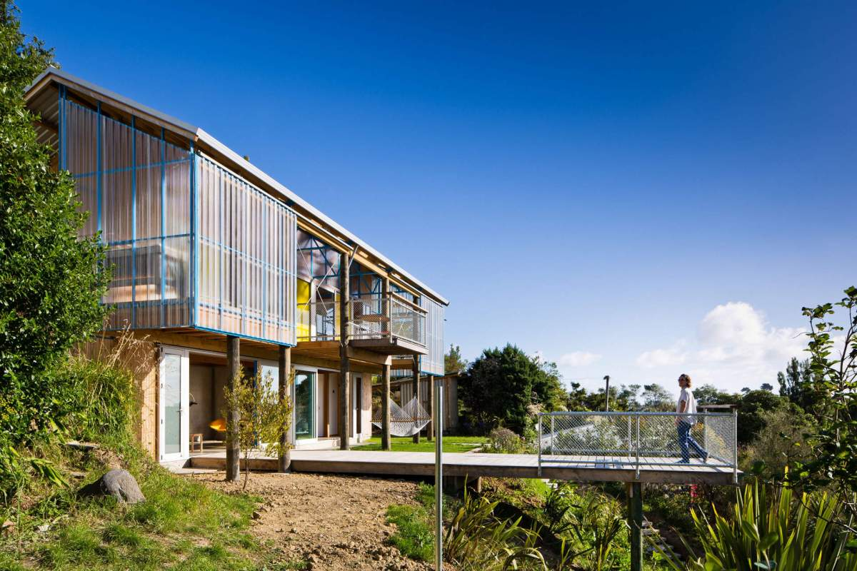 The dogbox patch work architecture small house bliss for Small home designs nz