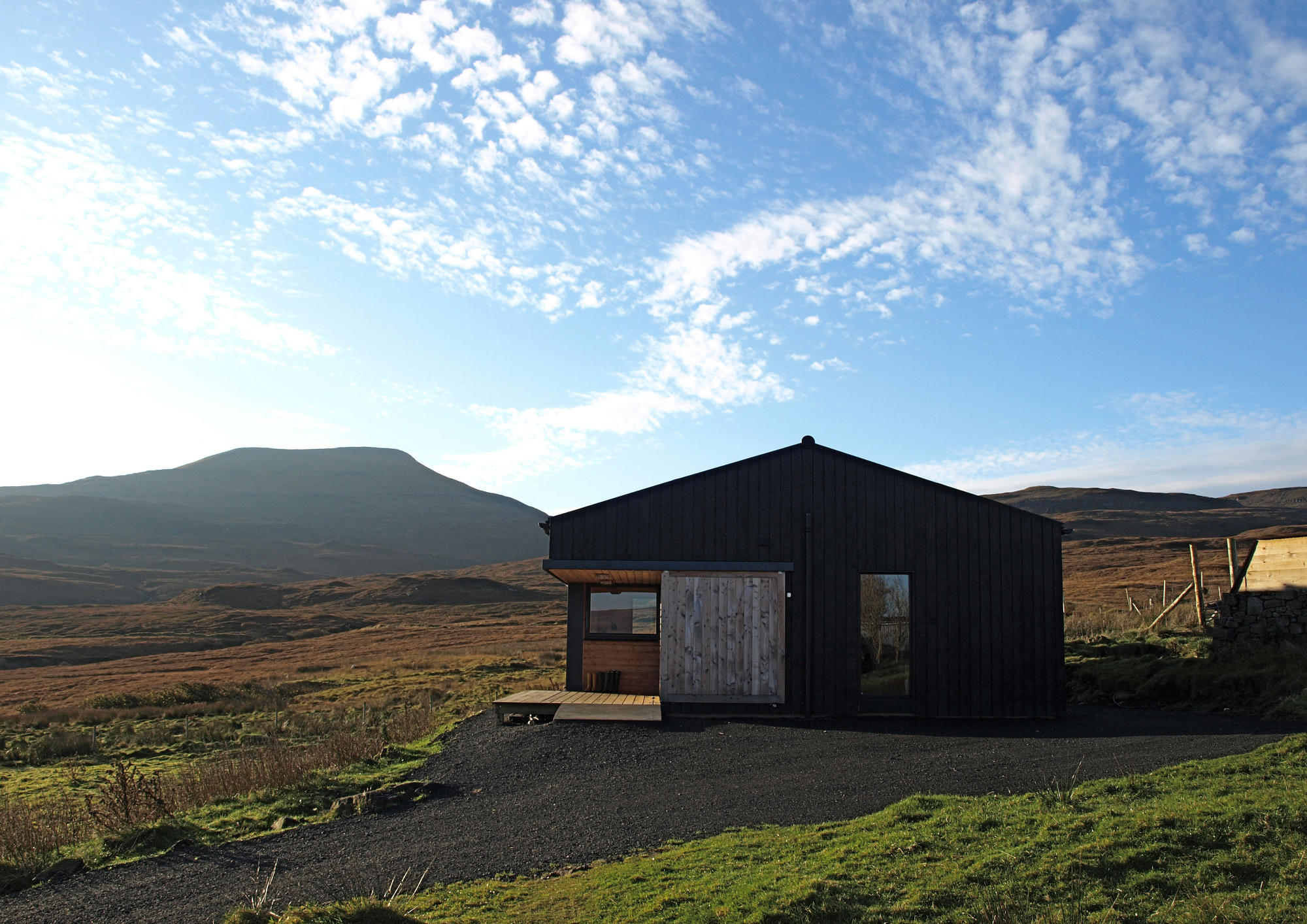 gallery the black shed rural design architects small house bliss published november 12 2014 at 2000 1414 in
