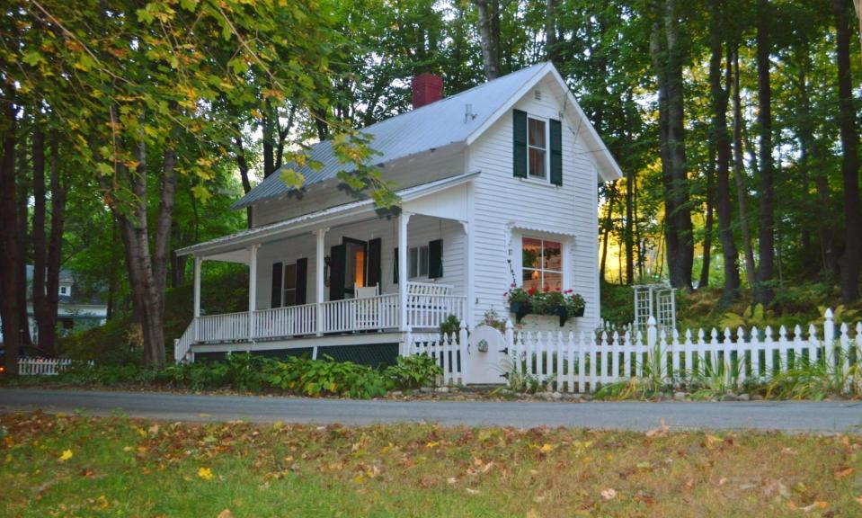 The Doll House, a lovingly-restored small farmhouse from 1920. It has 2 bedrooms in roughly 650 sq ft. | www.facebook.com/SmallHouseBliss