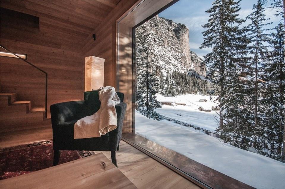 Alpine Lodge In South Tyrol Em2 Architekten Small