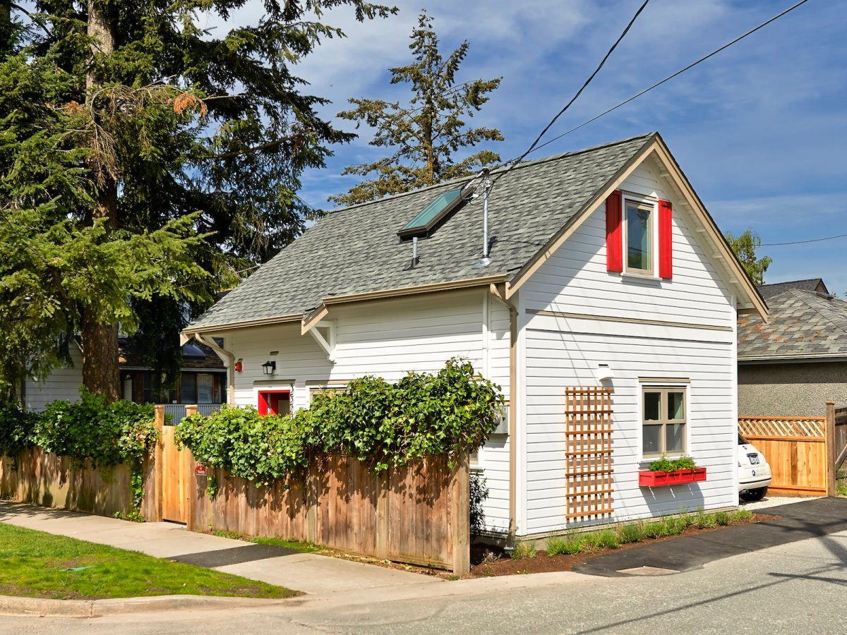 A charming laneway cottage in vancouver smallworks for Adu plans for sale