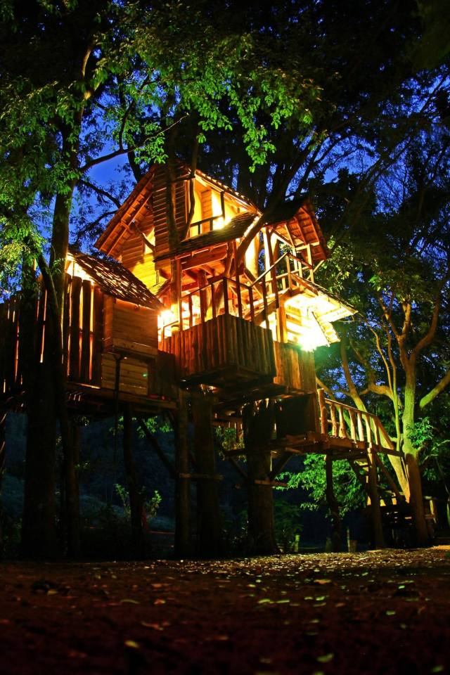 Treehouse at the Rabeang Pasak Chiangmai Treehouse Resort in northern Thailand.   www.facebook.com/SmallHouseBliss