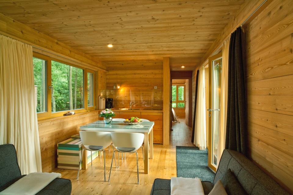the baumgefl ster treehouse resort baumraum small house bliss. Black Bedroom Furniture Sets. Home Design Ideas