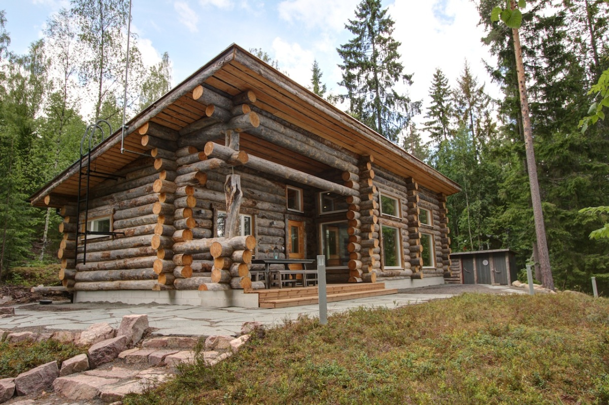 ^ lakeside log cabin in Finland Small House Bliss