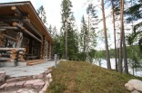 This modern log cabin in Finland has two bedrooms and a den in 969 sq ft.   www.facebook.com/SmallHouseBliss