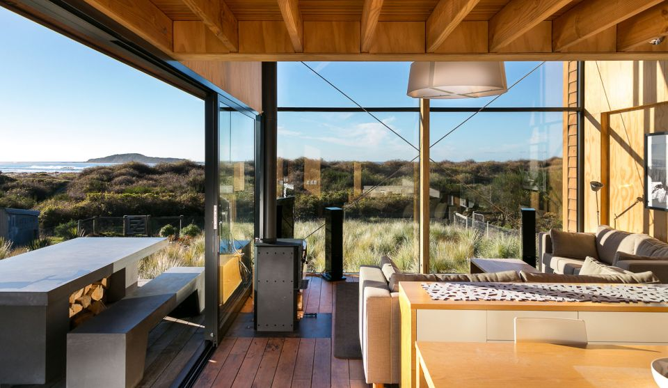Taieri Mouth Bach Mason and Wales Small House Bliss