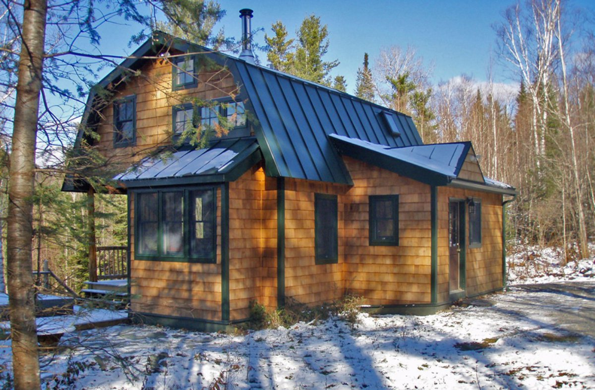 Vermont mountain cabin young ideas small house bliss for Building a small cabin with loft