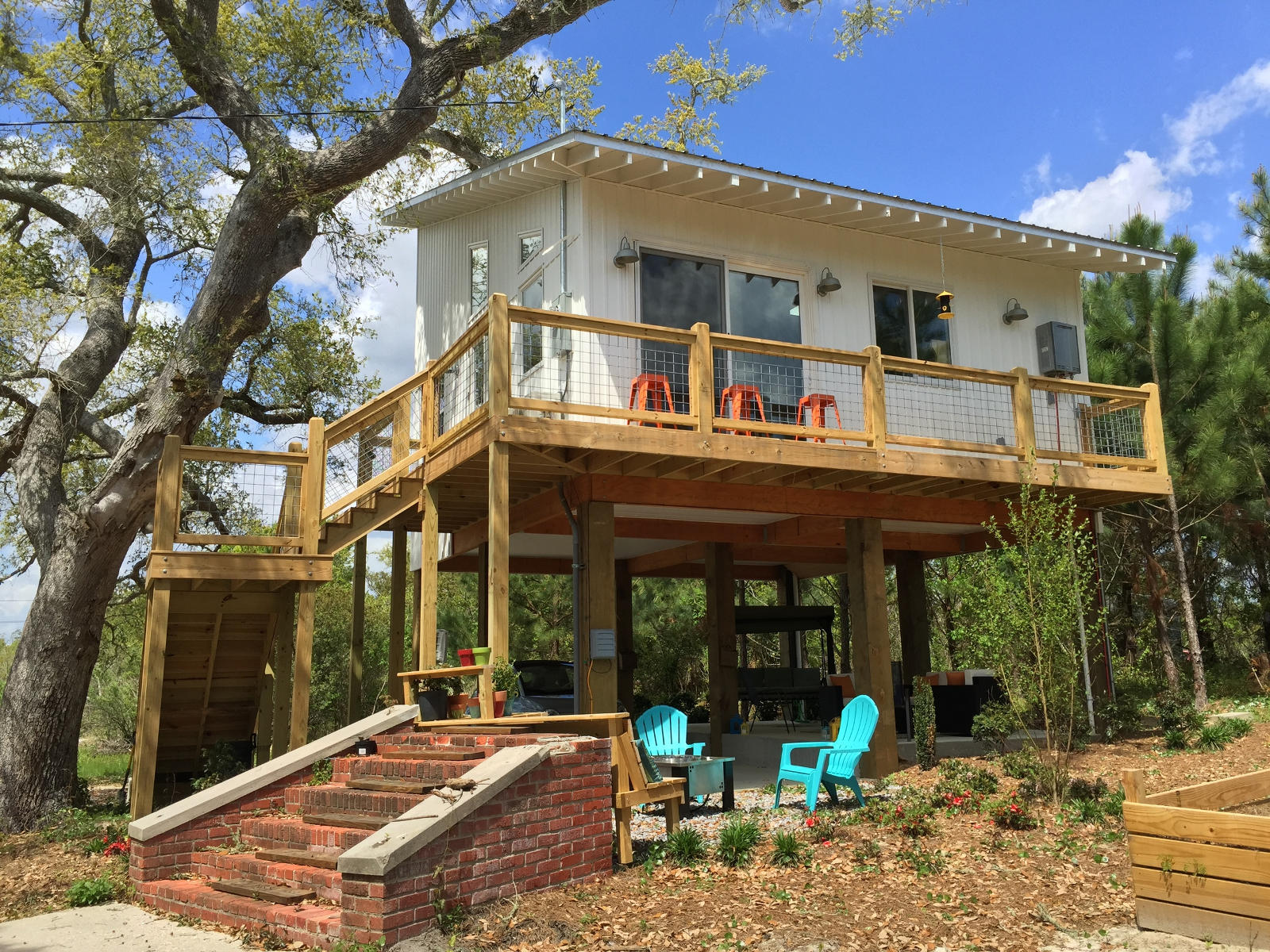 Pye s beach house standard creative small house bliss for Small house bliss
