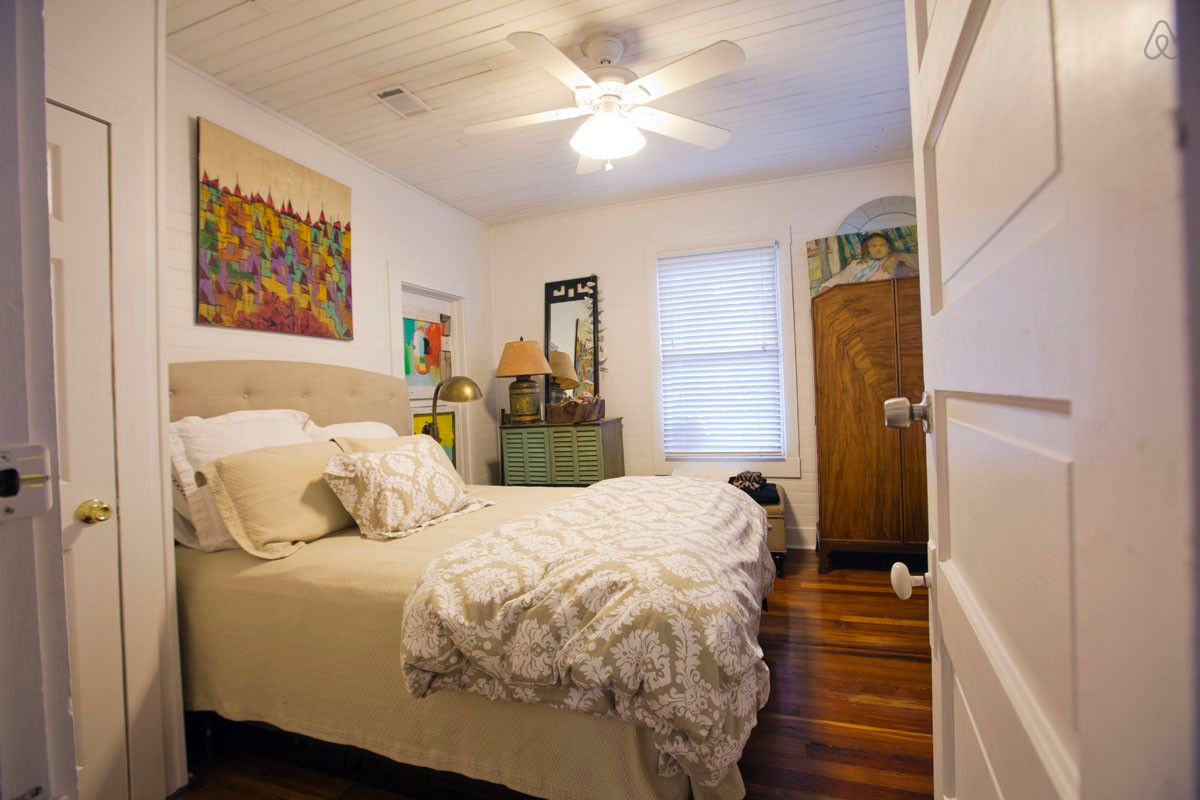 Small House Bedroom Savannah Bungalow With Wraparound Porch Small House Bliss