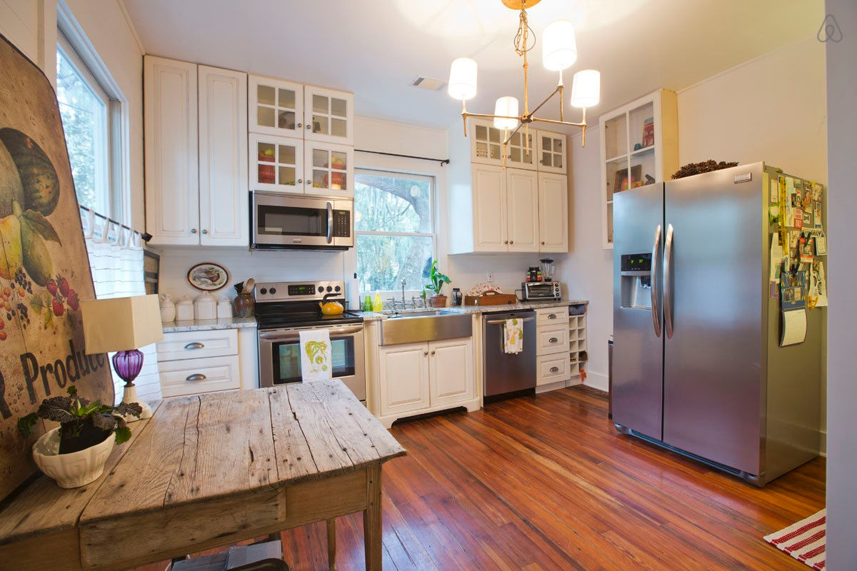 Wrap Around Kitchen Cabinets Savannah Bungalow With Wraparound Porch Small House Bliss