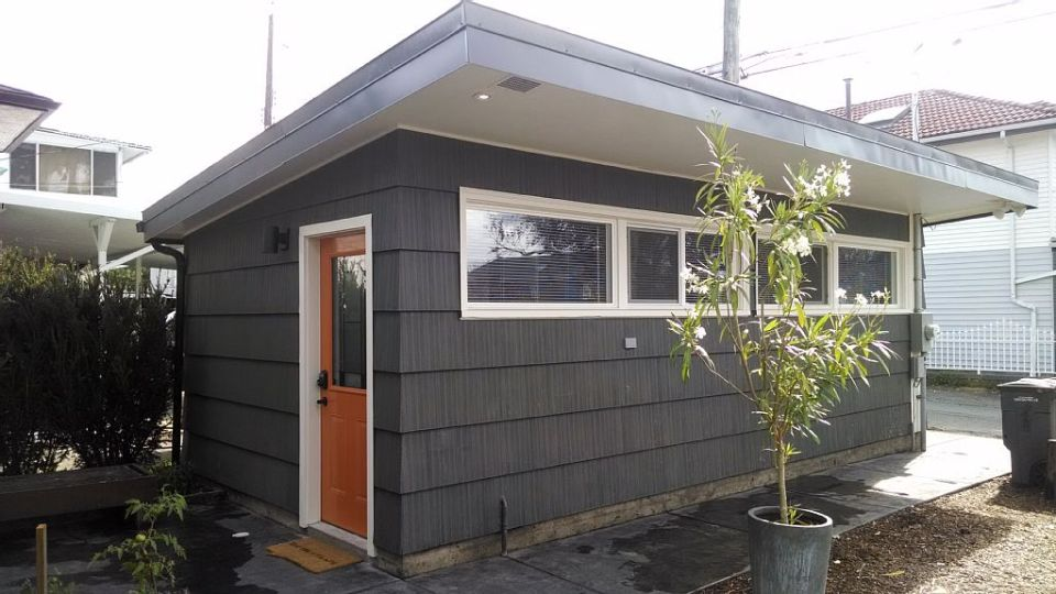 Tiny House For Sale In Vancouver Must Be Moved Small House Bliss