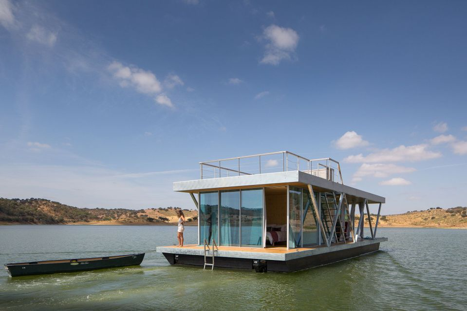 Floatwing, a line of houseboats that can be equipped for autonomous off-grid living. This one has one bedroom in 561 sq ft. | www.facebook.com/SmallHouseBliss