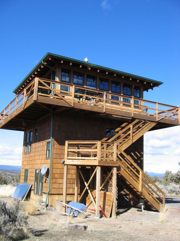 Gallery forest fire lookout tower house small house bliss for Tower home plans