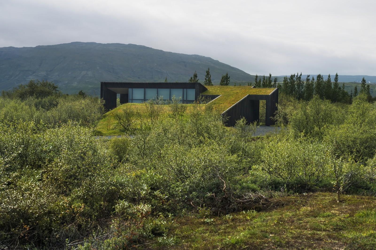 Gallery: Modern Icelandic turf houses   PK Arkitektar ...