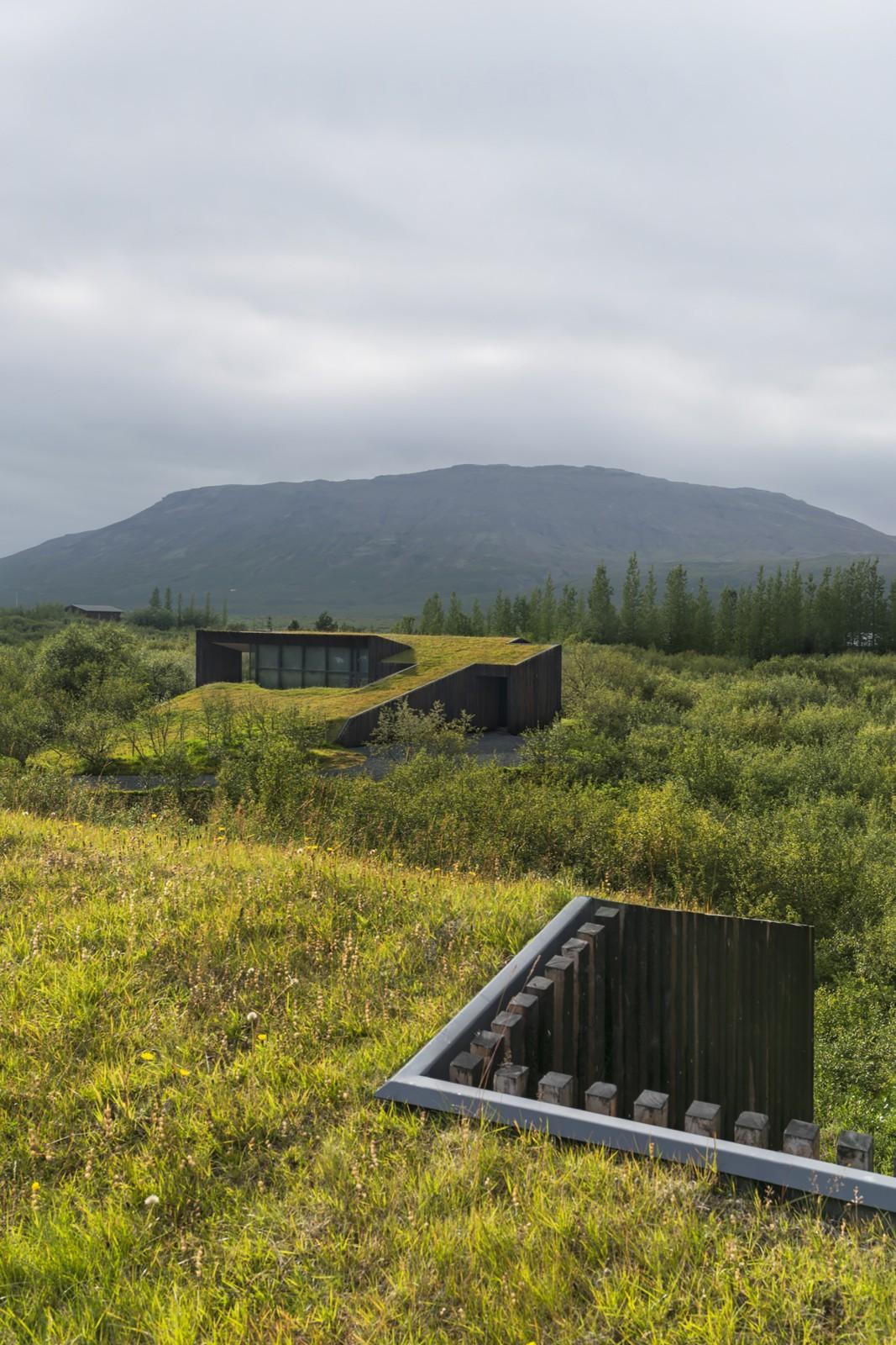Modern Icelandic Turf Houses | PK Arkitektar
