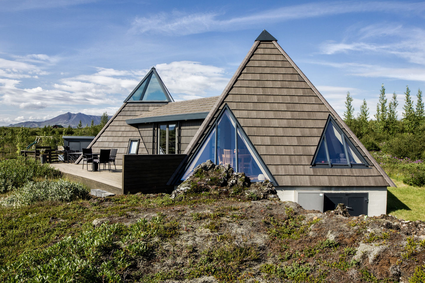 Icelandu0027s Volcanoes Were The Inspiration For This Stunning Pyramid Shaped  Vacation Cottage. It Has