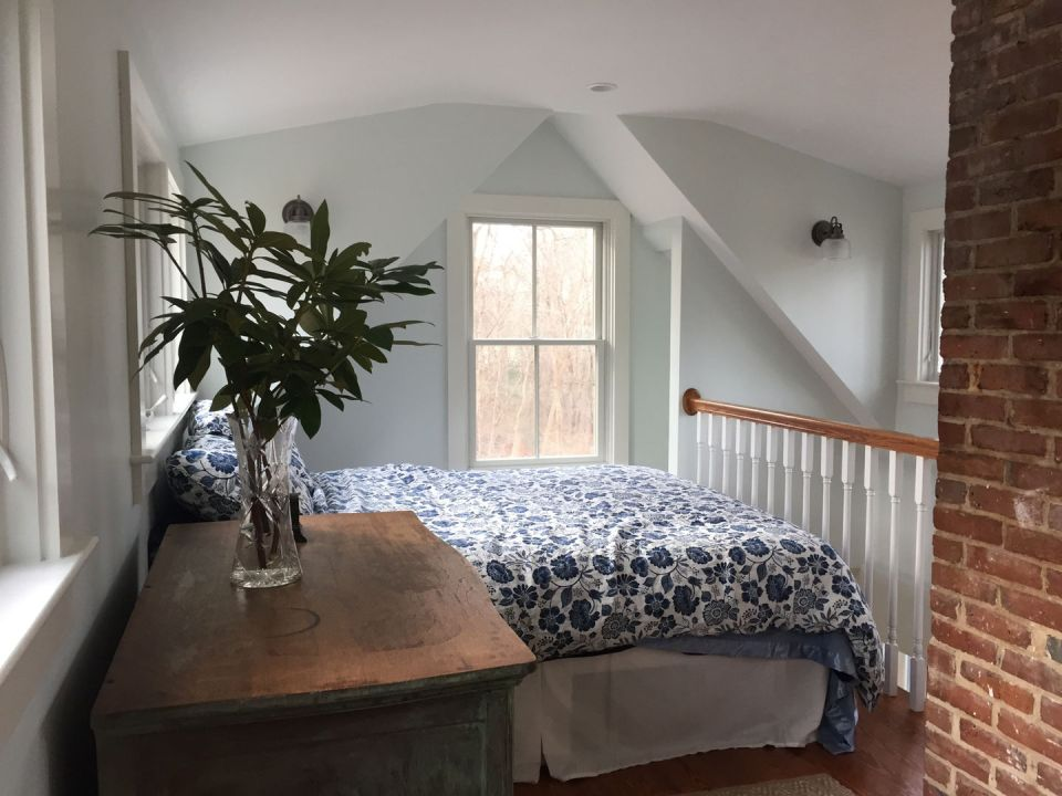 "A tiny ""half Cape"" cottage on Cape Cod Bay. Its interior was updated in keeping with the age and character of the cottage. 