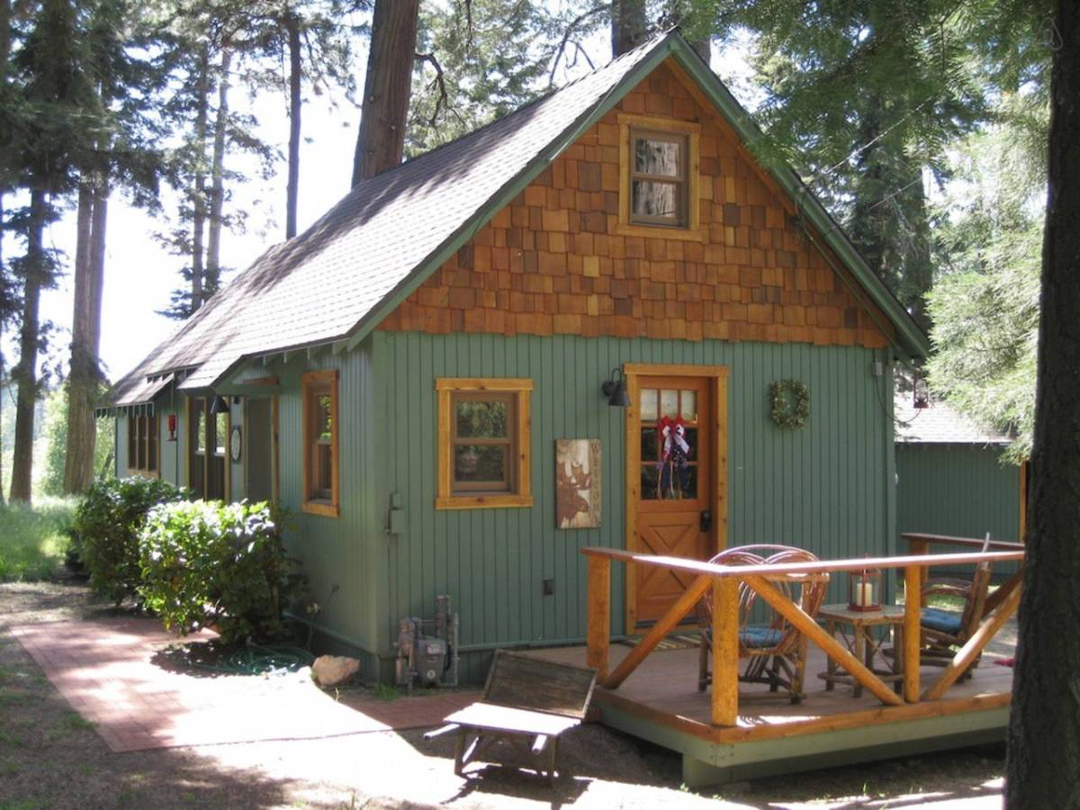 Wildflower cabin small house bliss for Log cabin builders in california