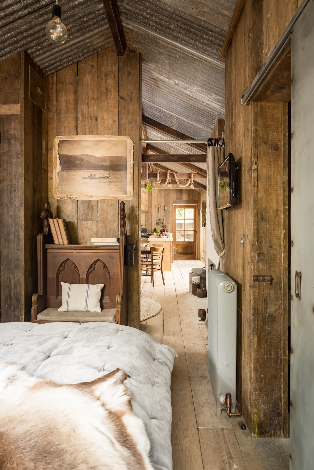 gallery the rustic and romantic firefly cabin small house bliss. Black Bedroom Furniture Sets. Home Design Ideas