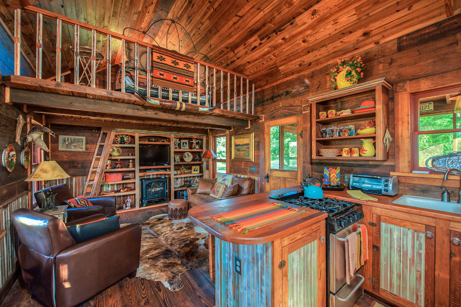 Ordinaire The Rustic Cowboy Cabin Was Built From Salvaged Materials. The 12u0027x28u0027 Cabin