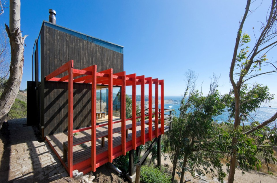"A low-cost ""surf shack"" cabin overlooking the ocean in Chile. Shared by two brothers, it has two small bedrooms in 555 sq ft. 