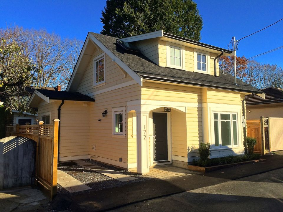 Buttercup laneway house in vancouver small house bliss Small house plans canada