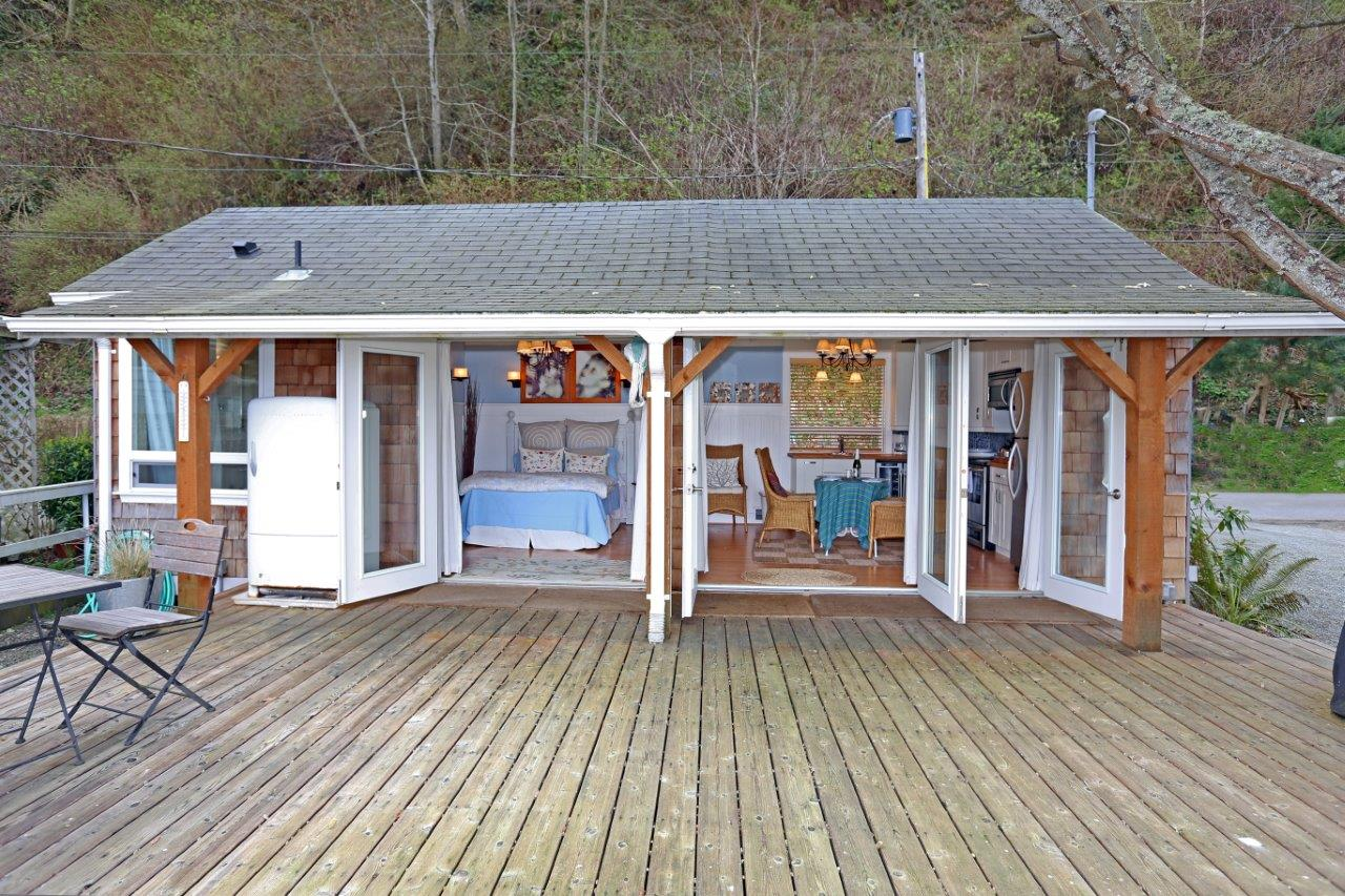 Charmant This Breezy Beach Cottage Was Renovated From An Old Timer Fishing Cabin. It  Has