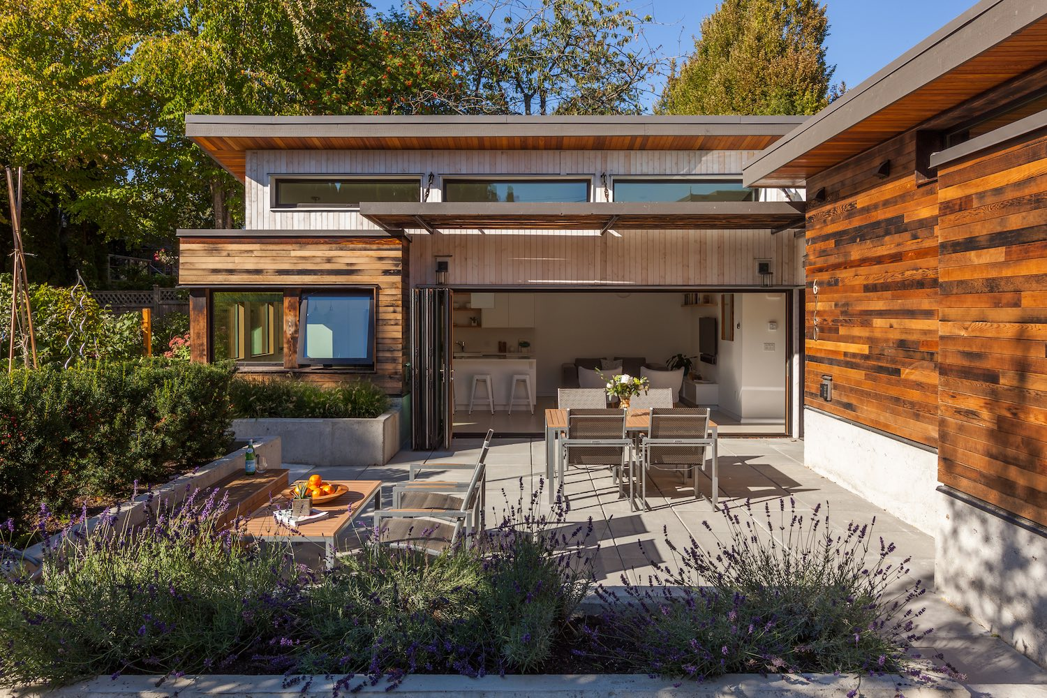 The Two Birds laneway house an energy efficient