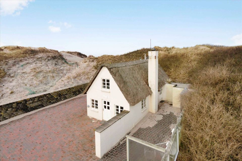 Thatched cottage in the coastal dunes by the north sea small house bliss - The jutland small house ...