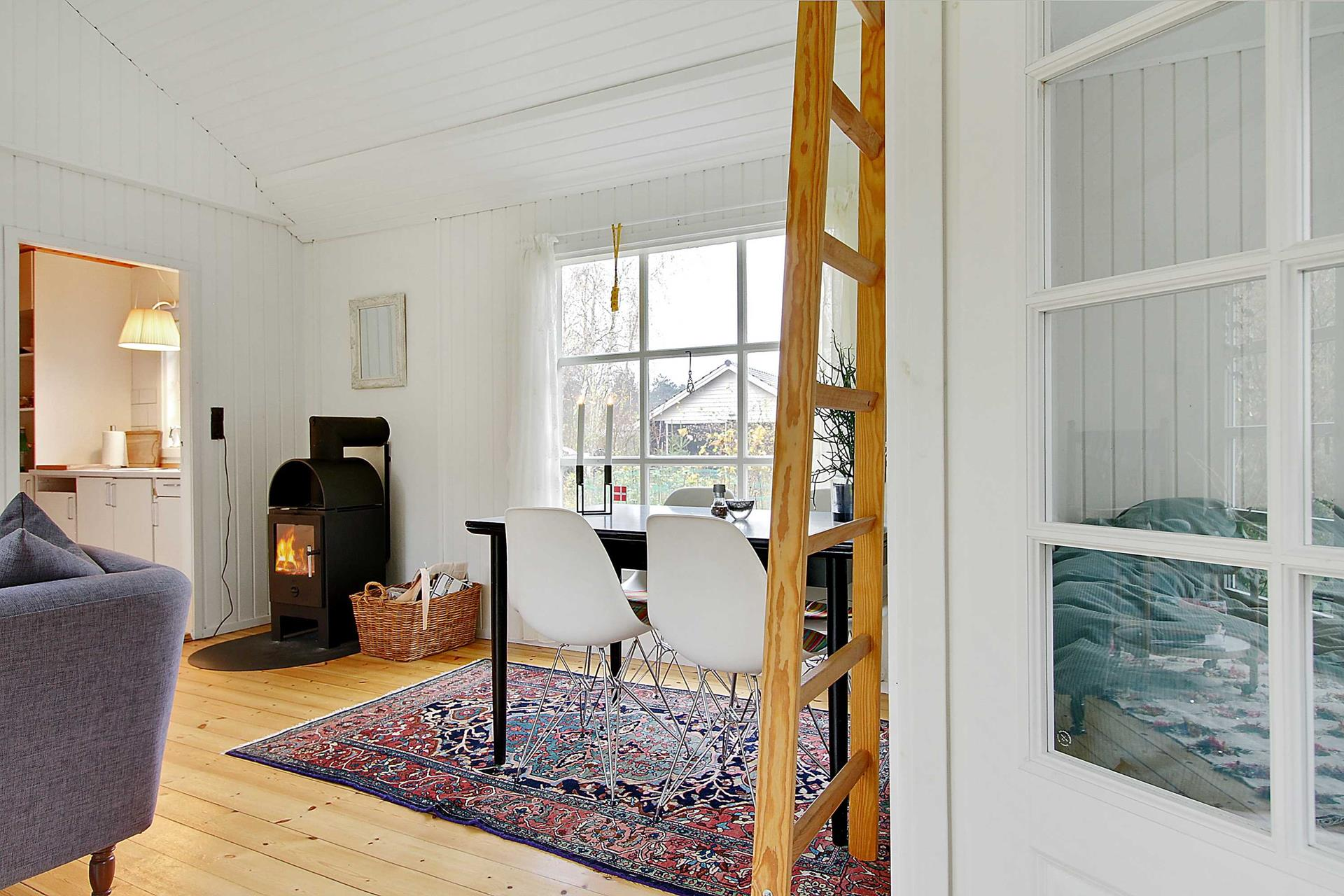 Gallery: Black and white Danish summerhouse   Small House Bliss