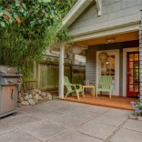 This 1918 Craftsman bungalow has two bedrooms in a compact 720 sq ft single-level plan. | www.facebook.com/SmallHouseBliss