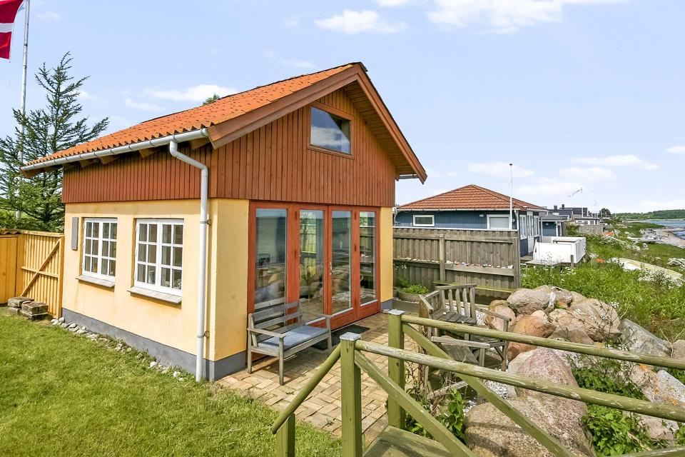 Tiny beachfront cottage in denmark small house bliss for Sleeping cabin plans